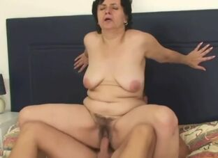 Matured queasy pussy mating